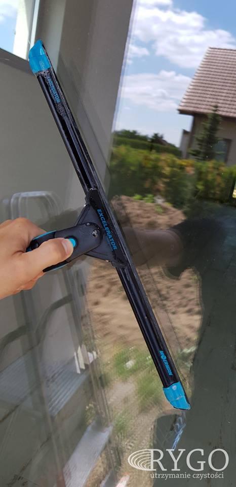 mycie okien firma sprzatajaca rygo